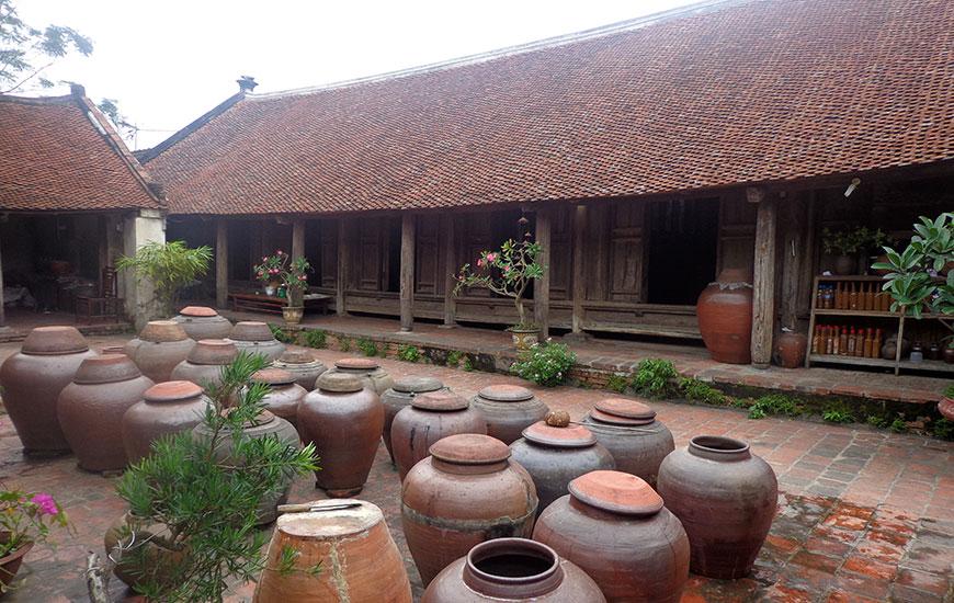 VILLAGE DE DUONG LAM, BANLIEUE D'HANOI
