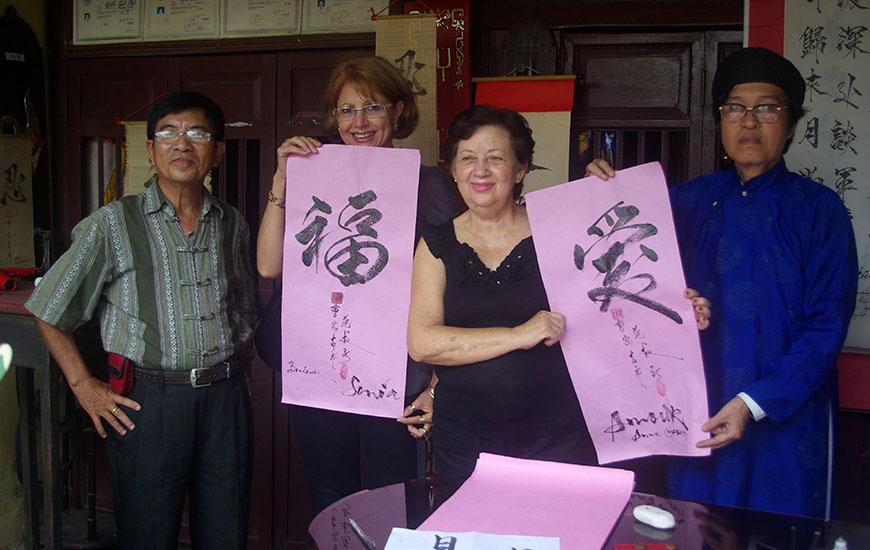 L'ART DE CALLIGRAPHIE DU VIETNAM