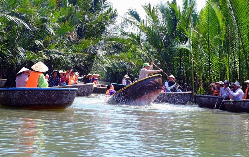 La découverte au village Cam Thanh